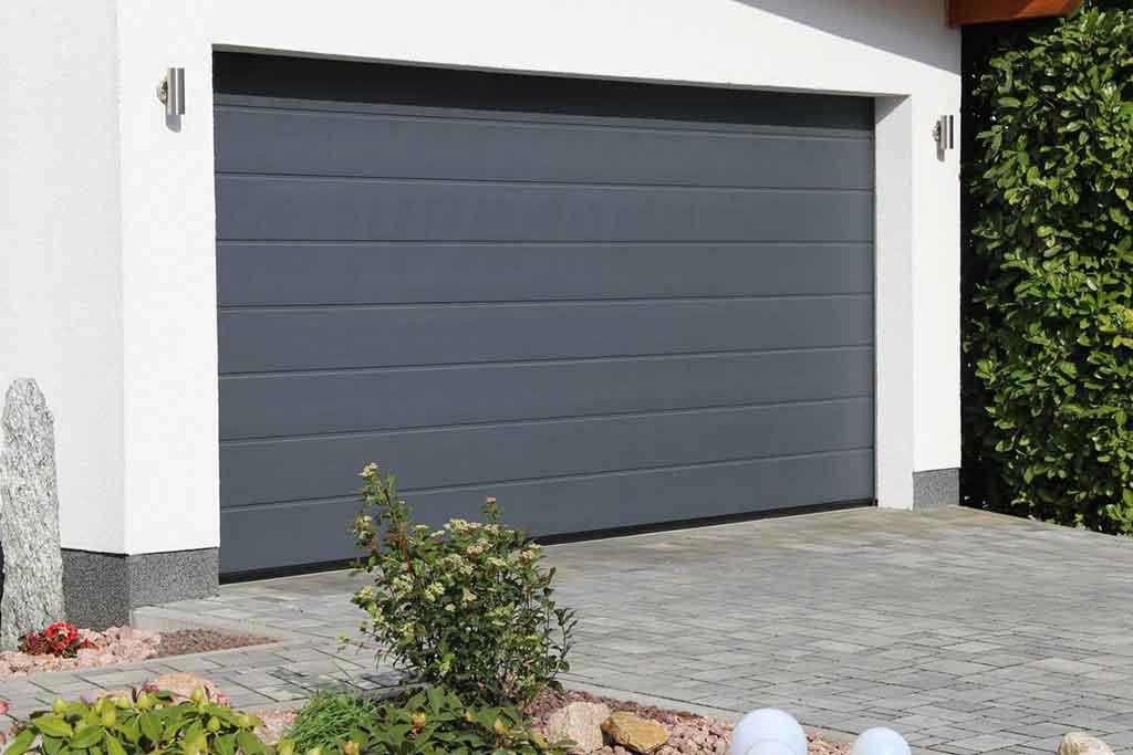 Le portail de garage enroulable